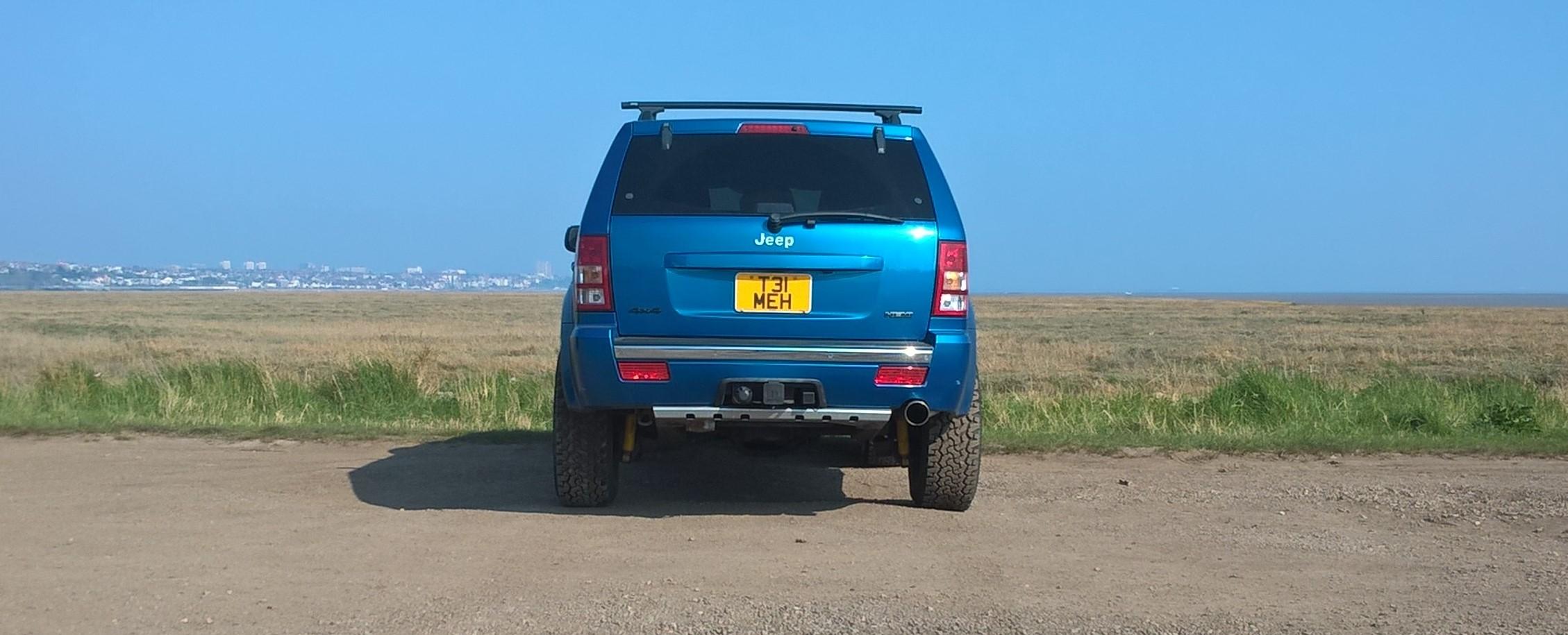 Jeep-wk-back