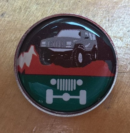Grey-badge-photo Jeep T shirts