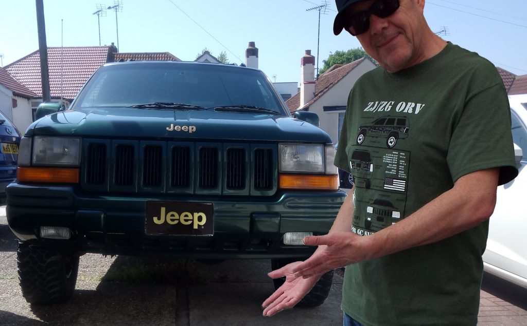 Jeep Grand Cherokee or Grand Wagoneer or ZJ Woodie ZJ/ZG 1993-1998 T shirt (MILITARY GREEN)