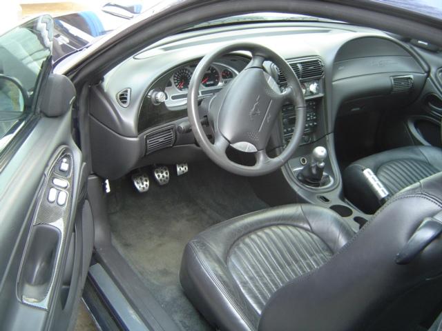 Bullitt 2001 front seats